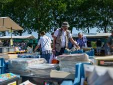 'Christelijke' boekenmarkt Elspeet wint voorlopig nog van de e-books