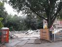 De boom bij de tijdelijke bouwlocatie op de hoek met de Nieuwstraat moet zeker worden gespaard.
