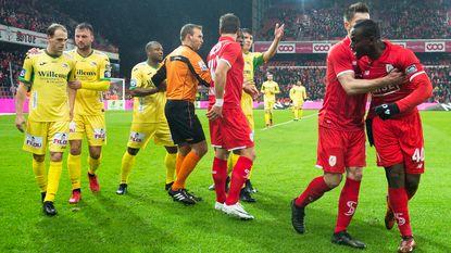 VIDEO: Geen doelpunten, wel drie rode kaarten in duel tussen Standard en Oostende
