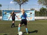 Voetbalvriendinnetjes: Vrienden maken en voetballen