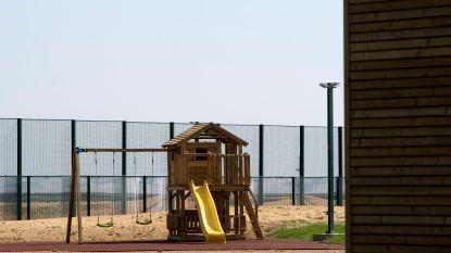 Opnieuw gezin met kinderen opgesloten in 127bis in Steenokkerzeel