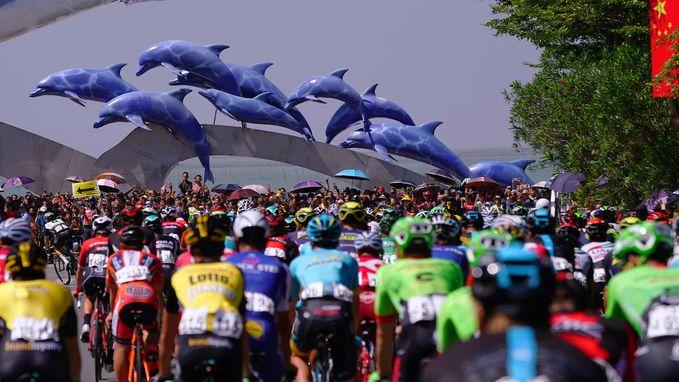 """Bijzondere taferelen in Tour of Guangxi : """"Vissen drogen ze hier gewoon op de stoep"""""""