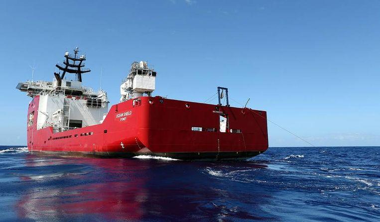 Het Australische schip Ocean Shield voer vanaf 30 maart naar de zoeklocatie. Beeld reuters