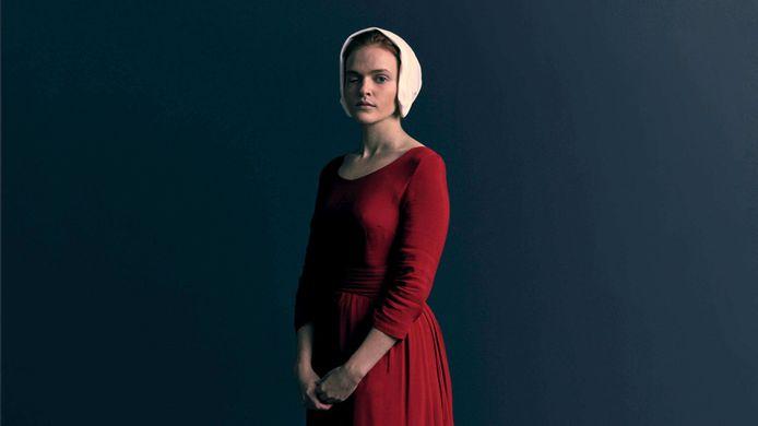 "Madeline est Janine dans ""La servante écarlate""."