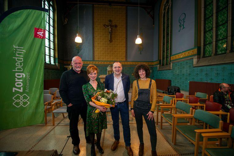 Zorgbedrijf Antwerpen opent het socioculturele centrum De Kapel met Marleen Meckx als gastprogrammator.