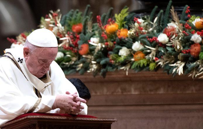 Paus Franciscus tijdens de Kerstnachtmis in Vaticaanstad, 24 december 2019.