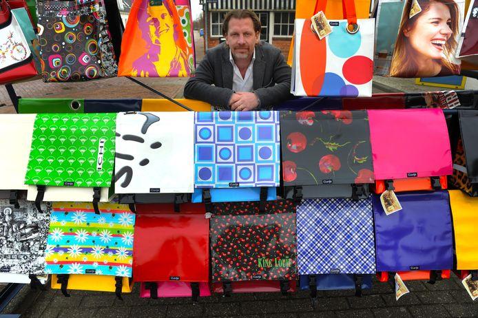 Frank Koppenol is mede-eigenaar van fietstassenproducent Clarijs in Serooskerke (Walcheren).
