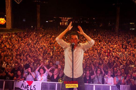 Niels Destadsbader was al vaker te gast op Rijvers Festival.