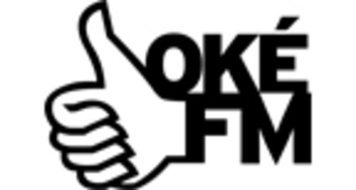 Het logo van OKÉ FM