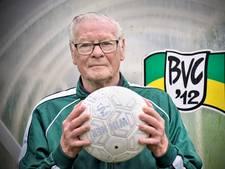 Voetballers als Toon (79) uit Beek zijn er steeds meer