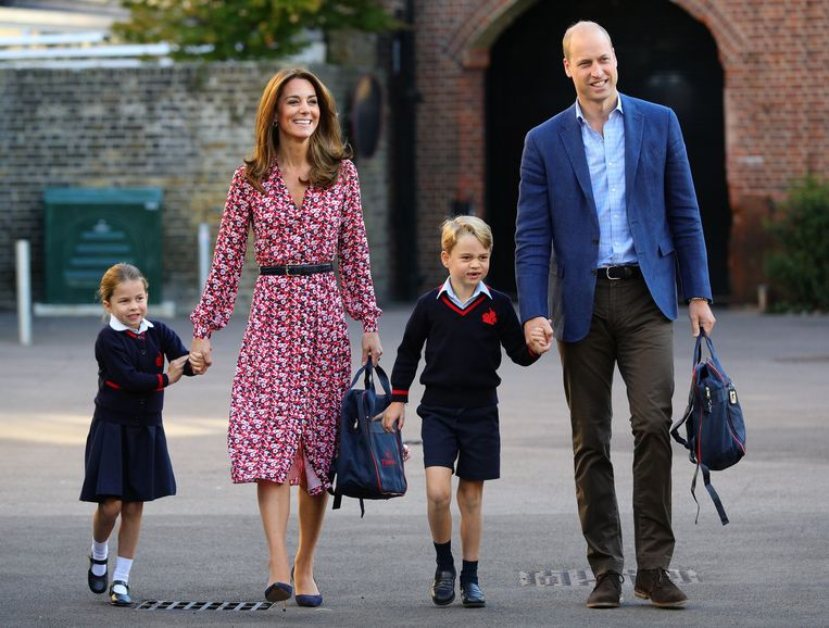 Prinses Charlotte en prins George met Kate en William.