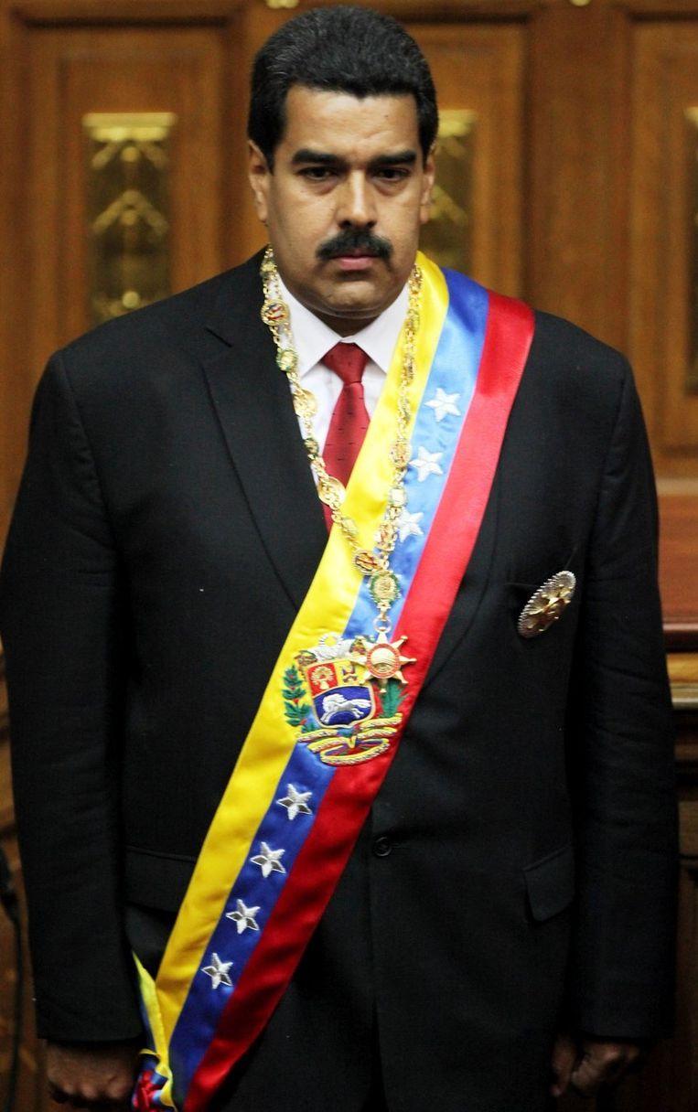 Maduro, vandaag, tijdens het zingen van het volkslied van Venezuela. Beeld ap