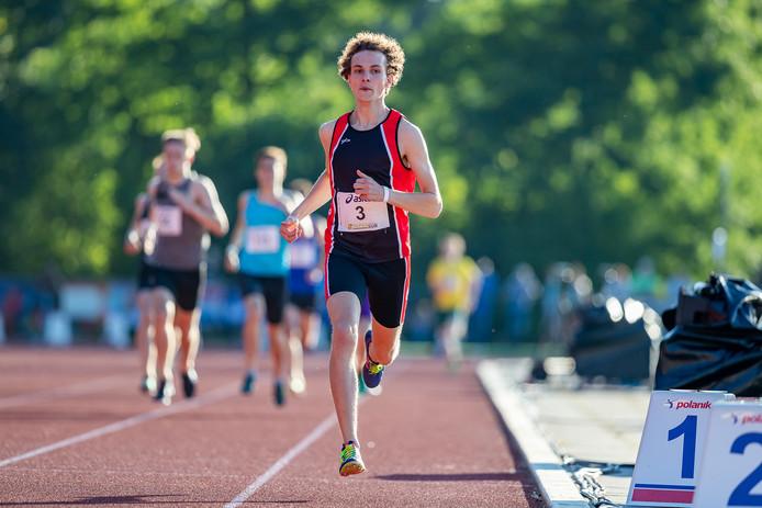 Voor Ludo van Nieuwenhuizen viel het NK voor junioren in Alphen tegen. De atleet moest een maand geleden genoegen nemen met zilver in zijn thuiswedstrijd.