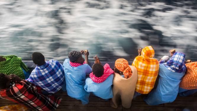 Ruim 140 migranten verdrinken bij scheepsramp Senegal