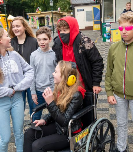 Nick (14) kan na bezoekje aan Julianatoren op school beter het juiste profiel kiezen