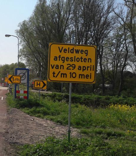Parallelweg bij Hedel weer open; geribbelde bermverharding is even schrikken