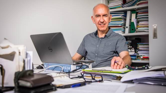 """Biostatisticus Geert Molenberghs: """"Volhouden, ook als de curves beginnen dalen"""""""