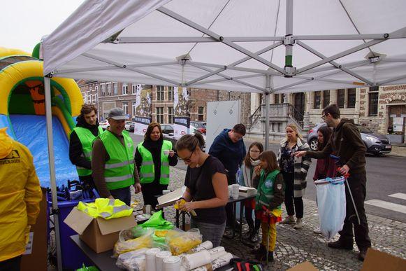 Op de Grote Markt was een  standje opgezet voor de deelnemers.