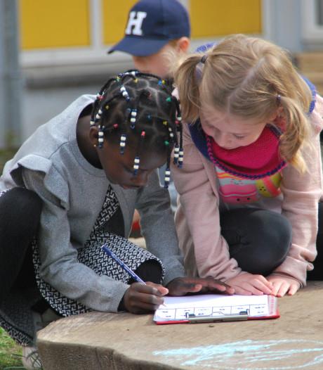Recordaantal Overijsselse en Gelderse basisscholen geeft buiten les
