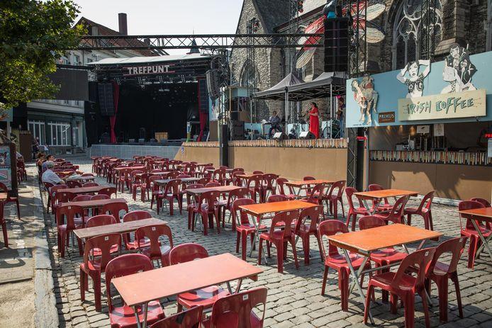 Op Sint-Jacobs een optreden in een bakoven zonder publiek.
