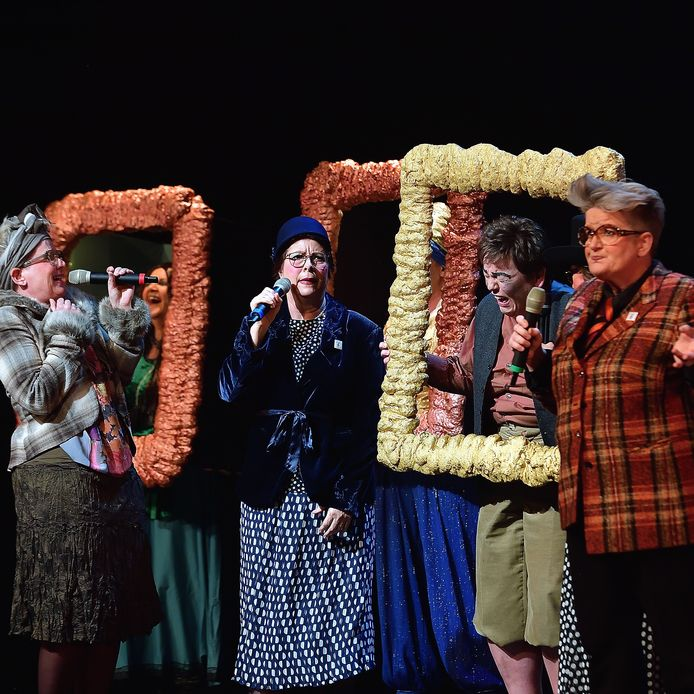 Vrouwkes aan zet, één van de acts tijdens het Priense Swaree in Roosendaal.