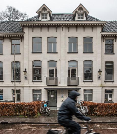 Sloop van ruim eeuw oude villa in Zwolle zet kwaad bloed
