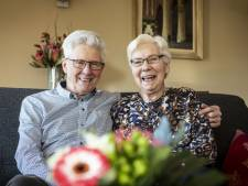 Echtpaar De Vries uit Haaksbergen: 'Achter de geraniums zitten, dat schiet niet op!'