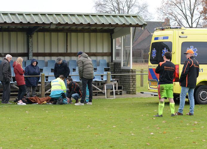 Tuldania-speler Wiebe Verboven raakte gewond bij het duel tussen Tuldania en SV Reeshof.