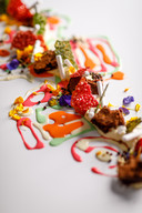 Dessert: Vanille Crème | Brownie | Ivoor Chocolade | Manderveense aardbeien | Crunch