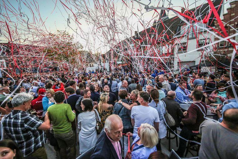 De heropening van Heuleplaats ging gepaard met een groots feest.