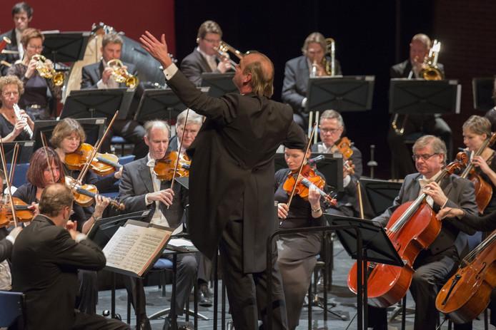 Het nieuwjaarsconcert van het Orkest van het Oosten in het Theaterhotel in Almelo.