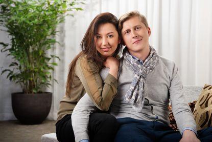 """Stijn en Nuria precies twee jaar 'blind getrouwd': """"Ik ben blij, trots, gelukkig"""""""
