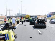 Drie auto's botsen op parallelbaan A2 voor Leidsche Rijntunnel