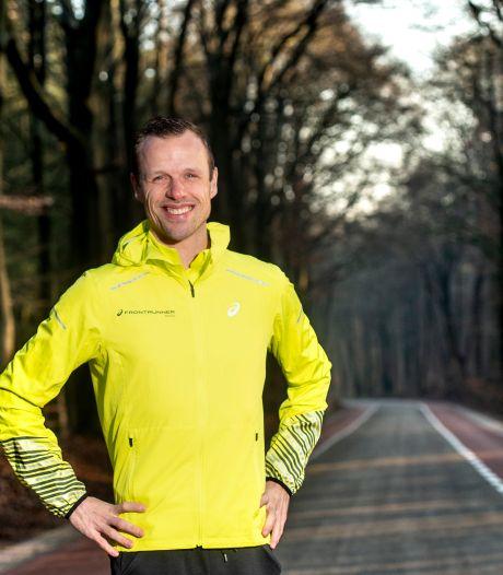 Hardloopcoach Dennis Licht: 'Blijven sporten in deze tijden is ontzettend belangrijk'