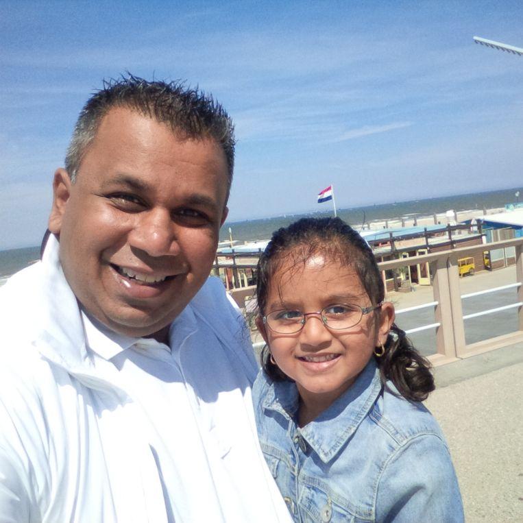 Samen met zijn dochter Janelle. Beeld Privé