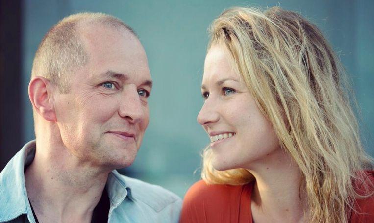 Karl Vannieuwkerke met Caroline Vereenooghe, wiens huis tijdens de zomermaanden verhuurd wordt