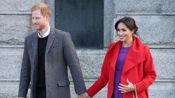 """Huispersoneel klapt uit de biecht: """"Ik geef het huwelijk tussen Harry en Meghan vijf jaar"""""""