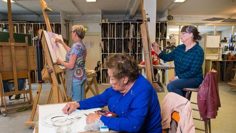 Het pand van de Zondagsschilders bij de Nieuwmarkt is te koop gezet door de gemeente Beeld Mats van Soolingen