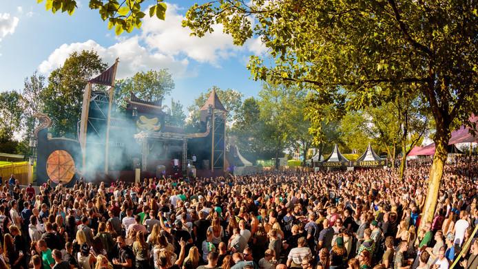 Het festivalseizoen is begonnen. Onder meer festival Sunglow strijkt neer in de Hoeksche Waard.
