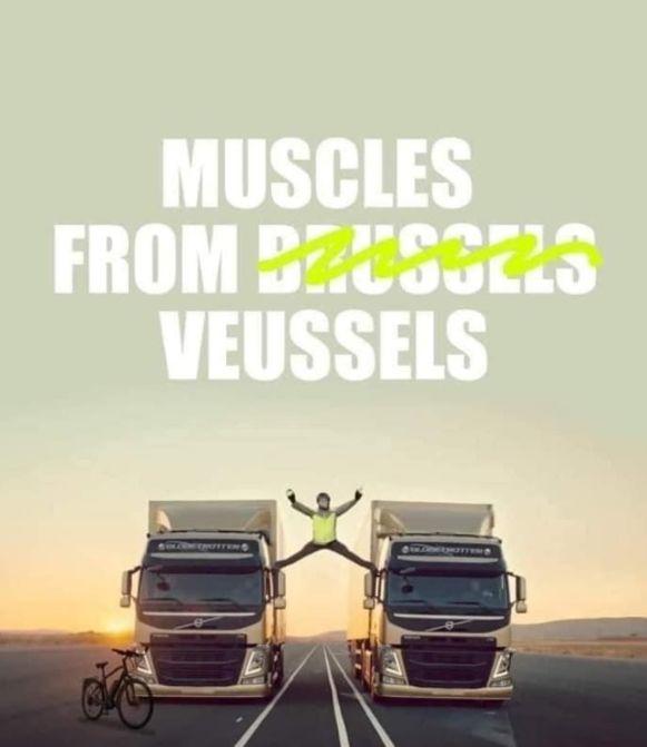Facebookpagina Maxime's Journey laat zich inspireren door de adembenemende vrachtwagenreclame met Jean-Claude Van Damme, bijgenaamd Muscles from Brussels.