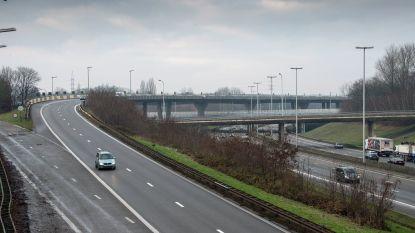 Verschillende ongevallen in bocht E19 naar Binnenring