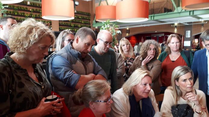 Medewerkers van Juzt kwamen vorige maand massaal bijeen in Etten-Leur om te horen wat de toekomstplannen zijn voor de organisatie en kinderen. Inmiddels zouden de gemeenten in de regio Breda de koers alweer verlegd hebben.