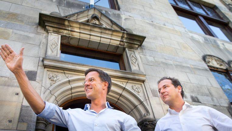 Premier Mark Rutte en Vice Premier Lodewijk Asscher tijdens de jaarlijkse heidag van het kabinet in augustus. Beeld null