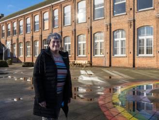 Meer dan 700.000 euro voor restauratie Vrije Basisschool Opstal. Eerste werk: dak en zolder weer veilig maken