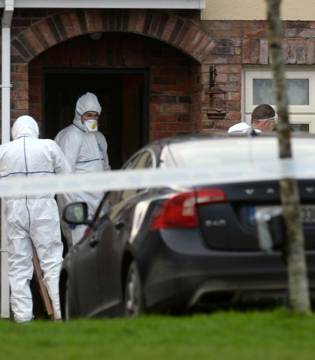 Briefje op raam huis overleden Ierse kinderen: 'Bel alarmlijn, ga niet naar boven'
