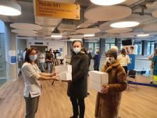 Actie Wonderwall schenkt 290 cupcakes en meringues aan zorgverleners van UZ Gent