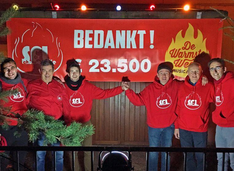 Schorvoort for Life schenkt 23.500 euro aan Het Vierkant Wieltje.