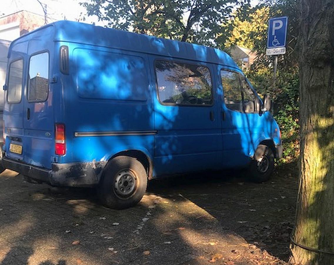 Het oude busje van Houtzagers.