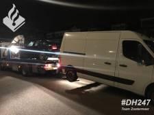 Auto en busje met ongeldige kentekens in beslag genomen