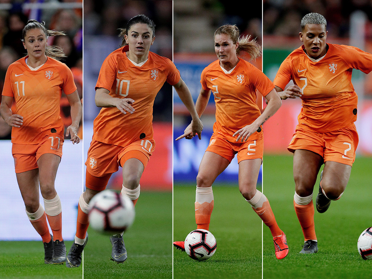 Vlnr Lieke Martens, Daniëlle van de Donk, Desiree van Lunteren en Shanice van der Sanden.